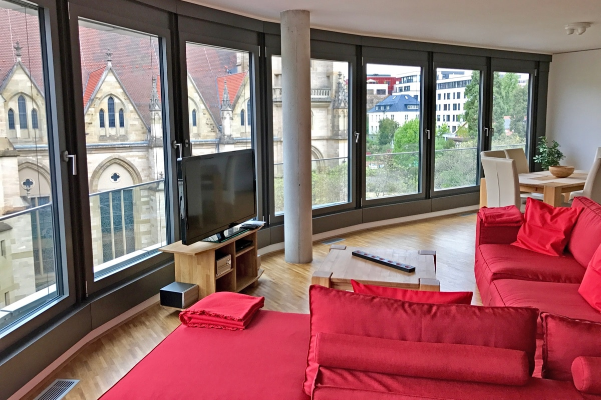 2 bedroom serviced apartment stuttgart downtown penthouse 4 7. Black Bedroom Furniture Sets. Home Design Ideas